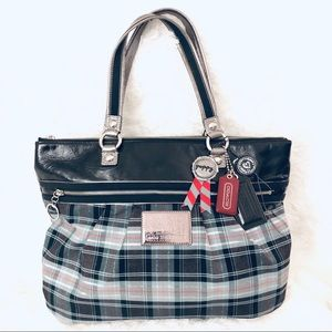 🎉🎉COACH POPPY PLAID LARGE TOTE( rare find here!)